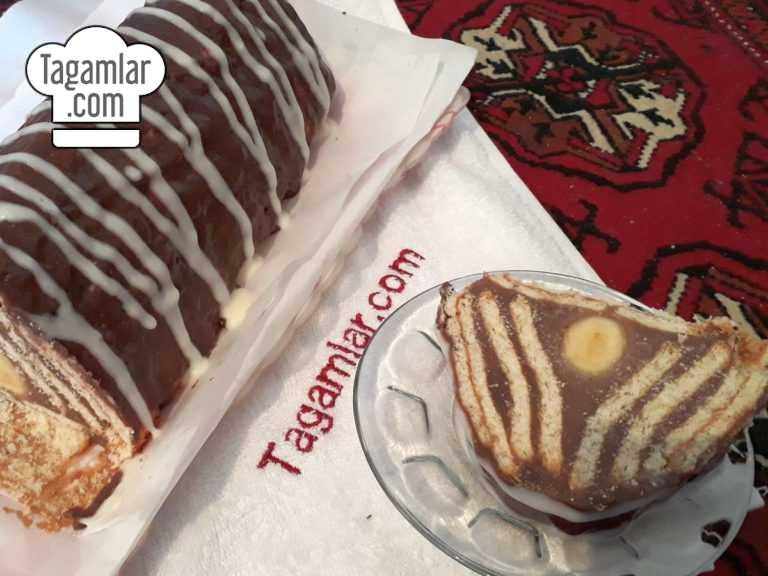 Banan we kökeden piramida keks surat 8